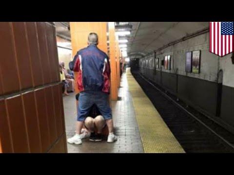 駅構内でわいせつな行為をしたカップル 現在捜索中