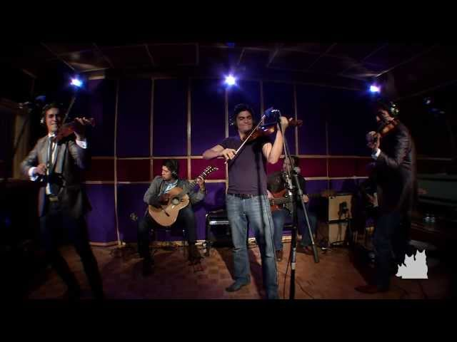 """Somos"" live at EstudioG, Xalapa, Ver. Mexico"
