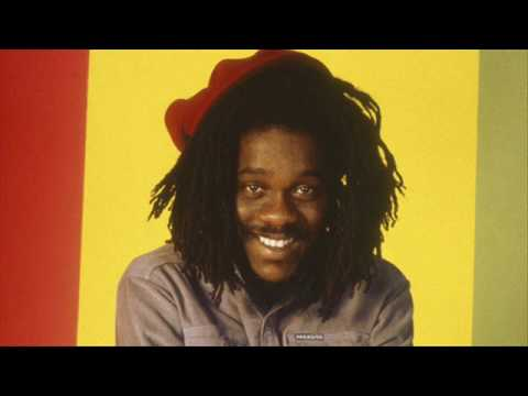 Dennis Brown – Reggae Anthology: Dennis Brown - Crown Prince of Reggae - Singles (1972-1985)