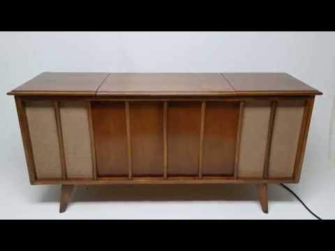 mid-century-modern-stereo-console-cabinet-record-player---bluetooth---am/fm