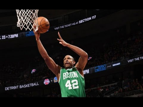 Al Horford Tops Game Winning Shot with Game Saving Block l 11.19.16