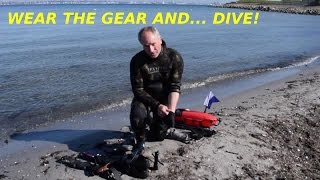 Wearing the gear and... dive!