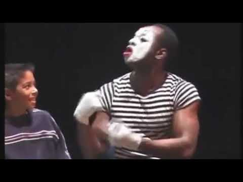 Download ET The Mime to Follow