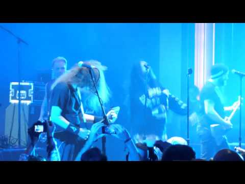 Walk - performed by Max Cavalera - LIVE @ All Star Jam 70000 tons of metal 2015
