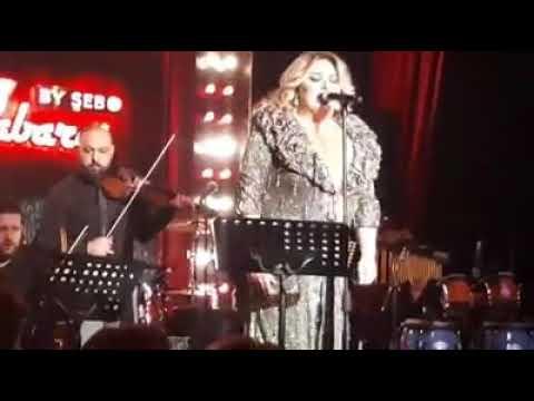 Ebru Gündeşle can bulup canlı performansıyla sahnede Utku Uysal ile devleşen şar
