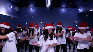 😀Dance untuk natal bagus banget sumpah✌ini bisa kalian coba gk susah banget kok gerakan nya Guys!!!