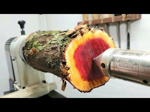 Woodturning - Red goblet!! 職人技!木工旋盤で枝から真っ赤なシャンパングラス!