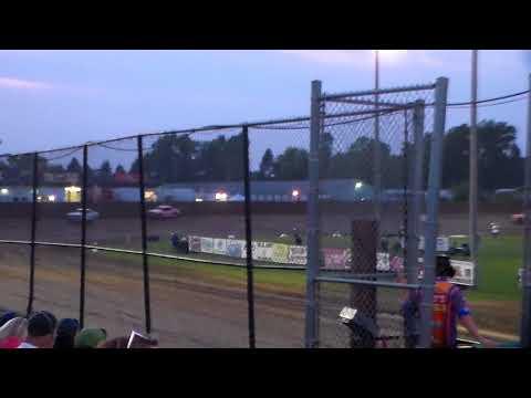 Hobby Stock Heat 2 @ Marshalltown Speedway 09/01/17
