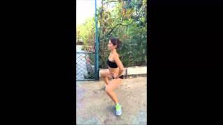 Как накачать ягодицы девушке в домашних условиях(Видео ролик тренировки в домашних условиях, продемонстрировано упражнение, с помощью которого можно накач..., 2014-09-26T09:40:15.000Z)