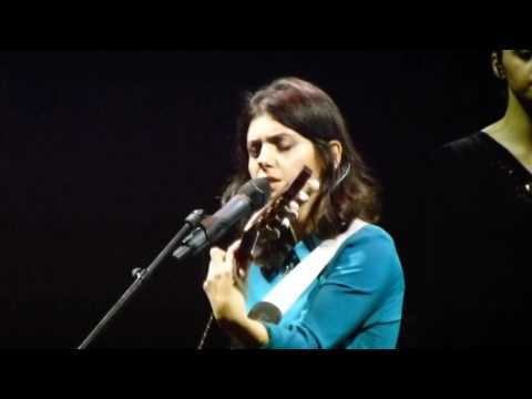 Katie Melua Oh Holy Night live@Cirque...