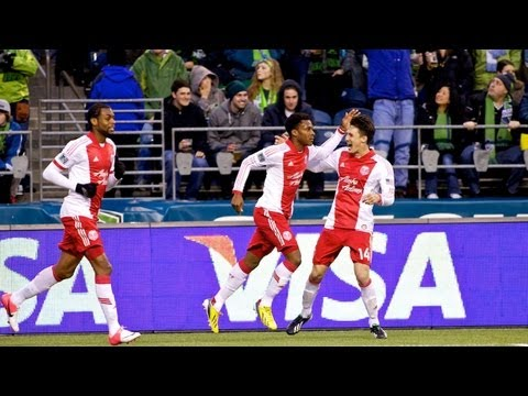goal:-rodney-wallace-heads-in-equalizer-|-seattle-sounders-vs-portland-timbers