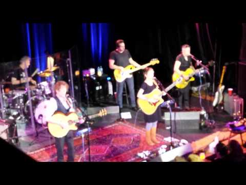 The Weepies- Can't Go Back Now (live)