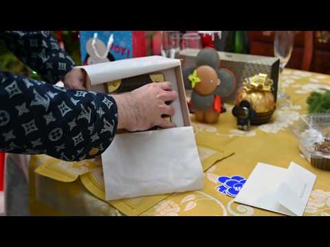 b78fb1ab60fe Louis Vuitton VIP Gift unboxing - robert ny  - Video - Free Music Videos