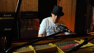 D-AMF Recording Studio - David Perrier Free Live Piano Session