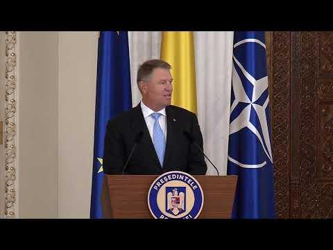 Decorarea Simonei Halep cu Steaua României