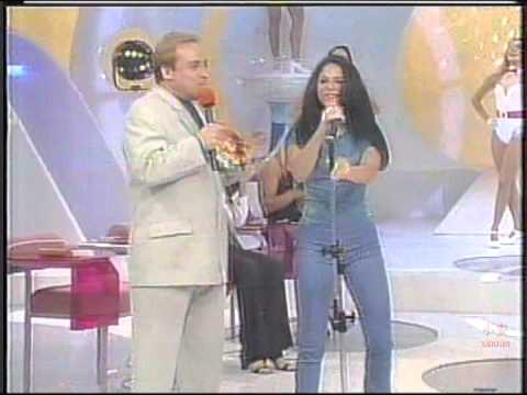 Shakira @ Domingo Legal (Live in Brazil 1997) Part2