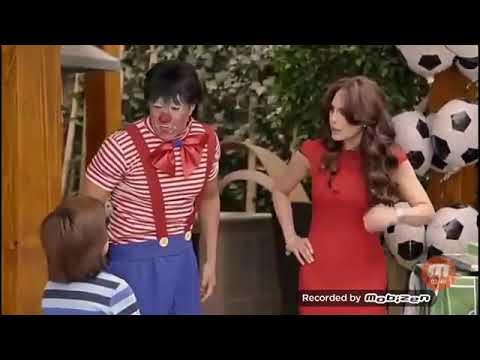 Nosotros Los Guapos Payasos Youtube Nosotros los guapos is a mexican sitcom that premiered on blim on august 19, 2016. nosotros los guapos payasos
