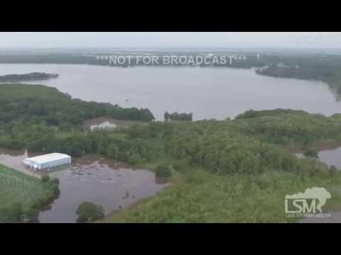 8-16-16 Lake Arthur, LA Sand Bagging, 360 Drone Flooding Footage