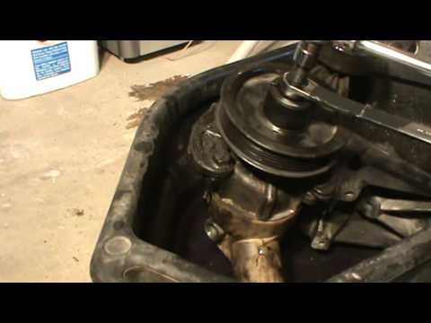 How To Remove Power Steering Pump Pulley Youtube