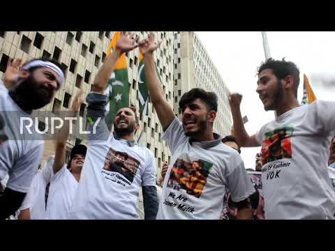 Pakistan: Protesters in Karachi condemn India's decision to strip Kashmir of special status