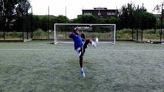 FUNNY FOOTBALL MOMENTS...