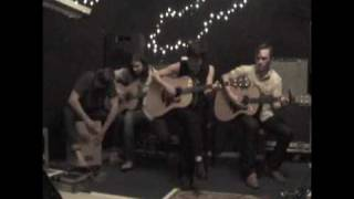 """Vedera covering Beyonce's """"Halo"""""""
