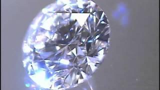 工房が作る「ラウンドブリリアントカット」-【創作ダイヤモンドこころ】