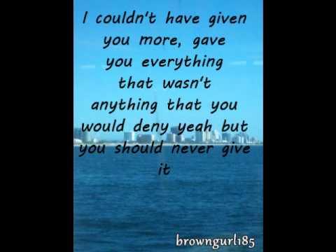 Gotta go, Gotta leave - Vivian Green (Lyrics in video)
