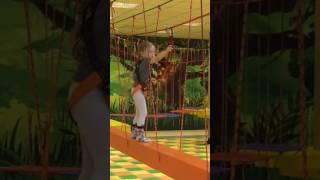 Мирослава первый раз исследует веревочный парк в Игрополисе! Многое понравилось, многое первый раз.