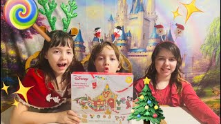 MAKING A MICKEY MOUSE GINGERBREAD HOUSE!