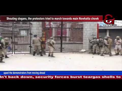 Clashes erupt in Srinagar, Sopore in north Kashmir after Friday prayers