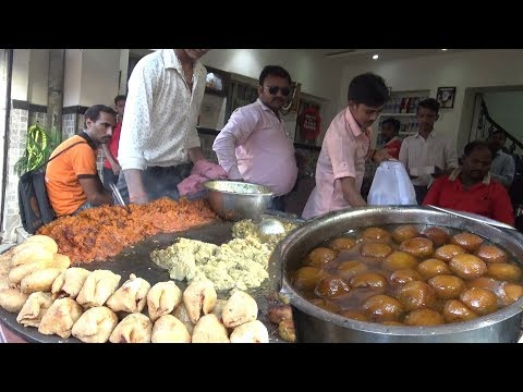 Deena Chaat Bhandar - Heaven Of Vanarasi Chat - Mouthwatering Street Food India