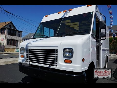2008 ford e350 step van wide body dually barn roll up youtube. Black Bedroom Furniture Sets. Home Design Ideas