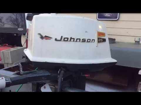 1970 Johnson 25hp outboard motor tank test - YouTube