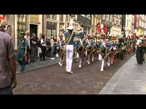 Awak Dewaruci Menggetarkan Amsterdam.mp4