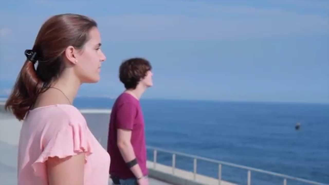 Magnetic short film escac david ram rez piscina youtube for Piscinas ramirez