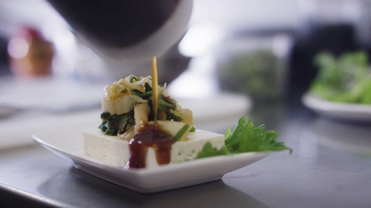 Canape Design Hawaii Hawaiian Airlines Introduces New Meal Program Designer Uniforms
