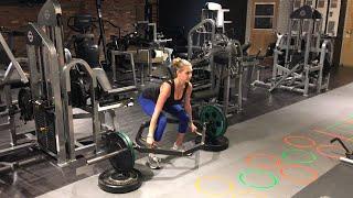 Kate Upton: Trap Bar Deadlifts