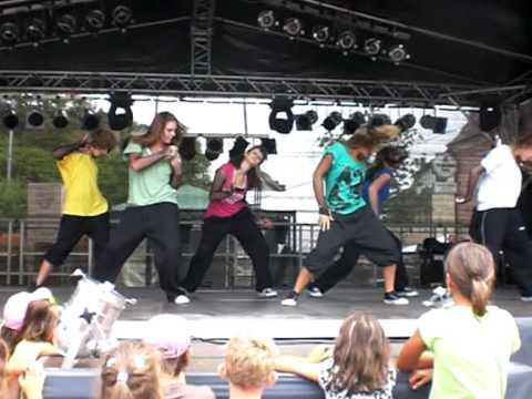 straßenfest bb 09, olis dance group!.wmv