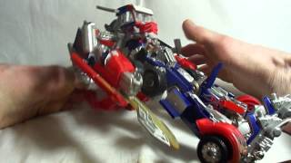 "Layri's feet working - ""Buster"" Optimus Prime transformation"
