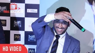 M.S Dhoni Funniest Reply To The Funniest Fan | Crazy Dhoni Vs Crazy Fan