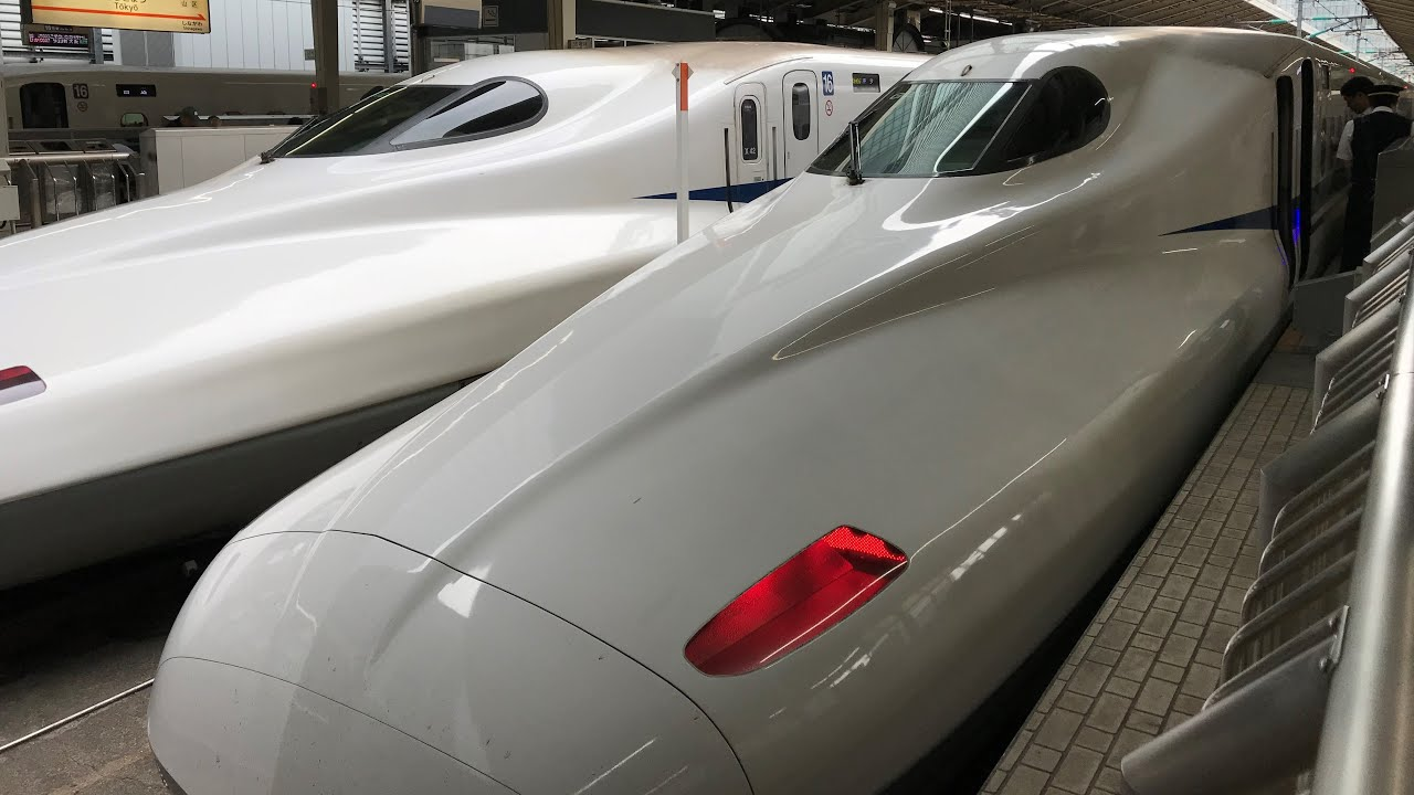 🚅Bullet Train Crossing at High Speed   Life in Japan - Tamil #Shorts