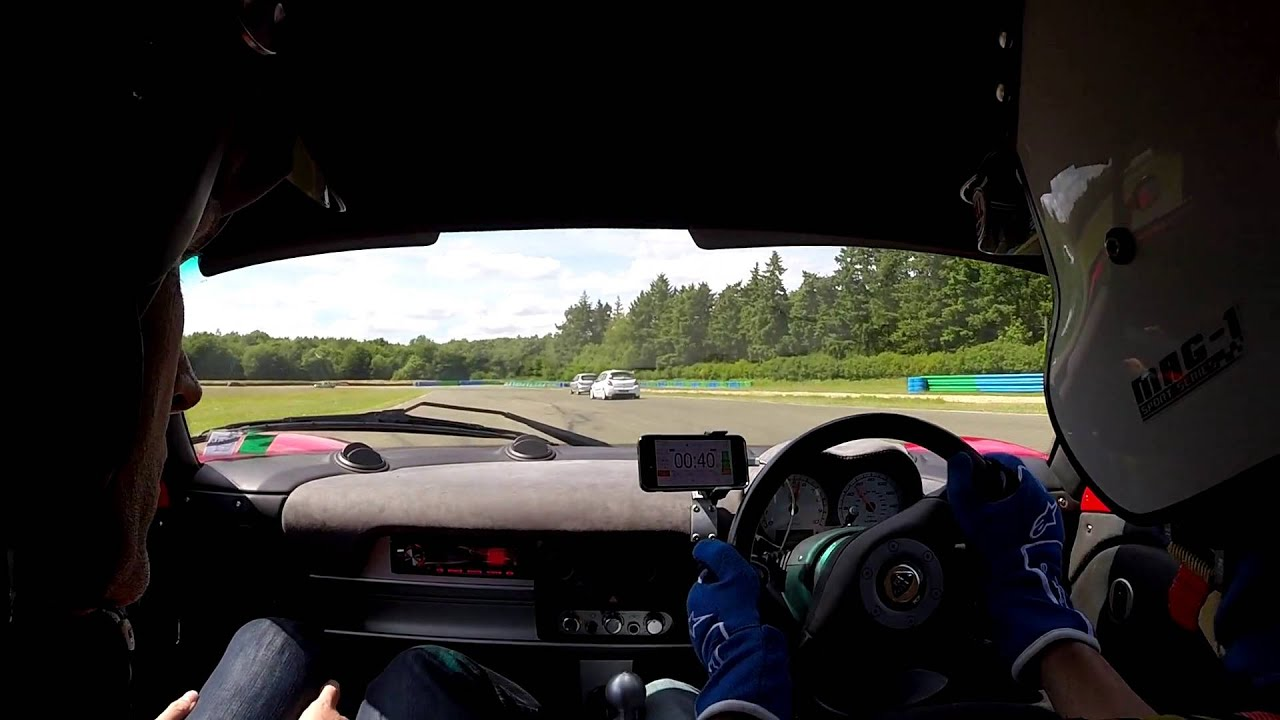 lotus exige s2 vs clio 3 cup circuit de l 39 ouest parisien le 30 mai 2015 youtube. Black Bedroom Furniture Sets. Home Design Ideas