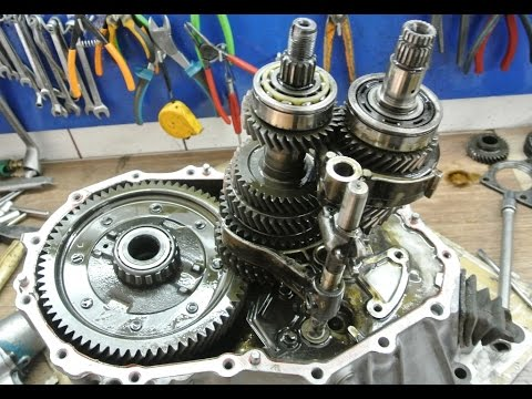 How to disassemble a MANUAL transmission