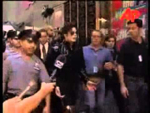 Michael & Janet Jackson walk the '95 Vma red carpet Mp3