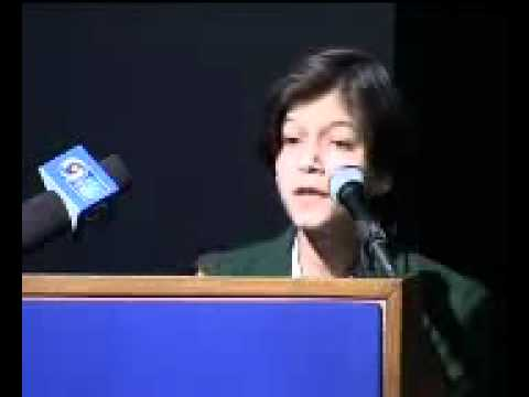 YouTube - Urdu Debate 2008_ New Delhi_ Umra Khan_ Hamdard Public School_ New Delhi.flv.flv