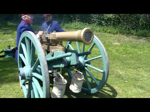 Shooting a Reffye Mitrailleuse (Reproduction)