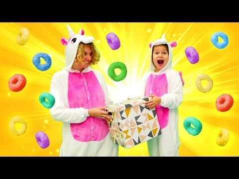 Видео для детей - Сюрприз для милого единорога! – Игры одевалки для девочек.
