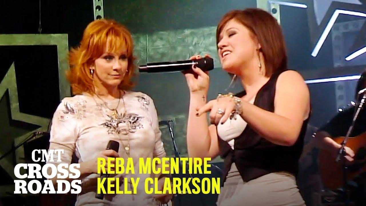 Reba McEntire & Kelly Clarkson Perform 'Fancy' | CMT Crossroads