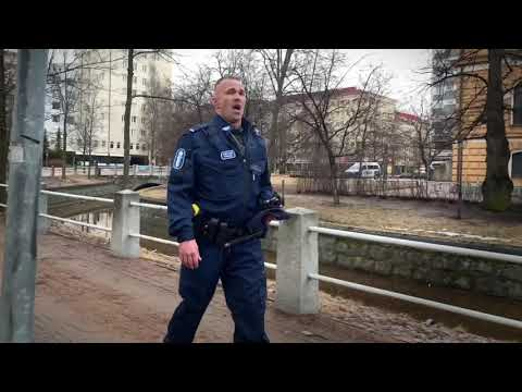 A singing genius among Oulu cops